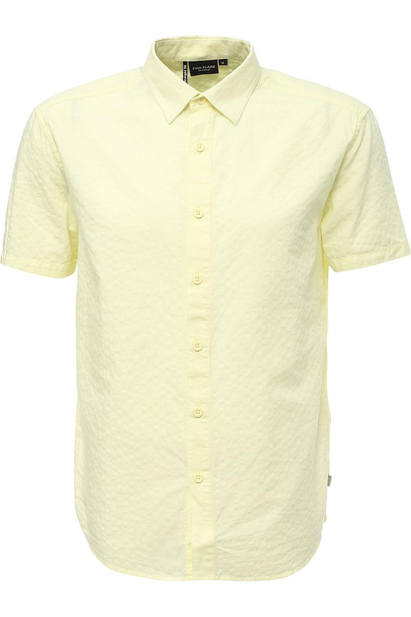 Рубашка мужская Finn Flare, цвет: лаймовый. S17-22019_518. Размер XXL (54)S17-22019_518Рубашка с короткими рукавами – must-have в летнем гардеробе любого мужчины. Это невероятно удобный и в то же время стильный элемент образа, ведь помимо прямого кроя и удобного для комбинирования цвета, вы можете наслаждаться комфортом благодаря качественному составу ткани. Такую модель можно сочетать в джинсами, летними брюками и даже шортами.