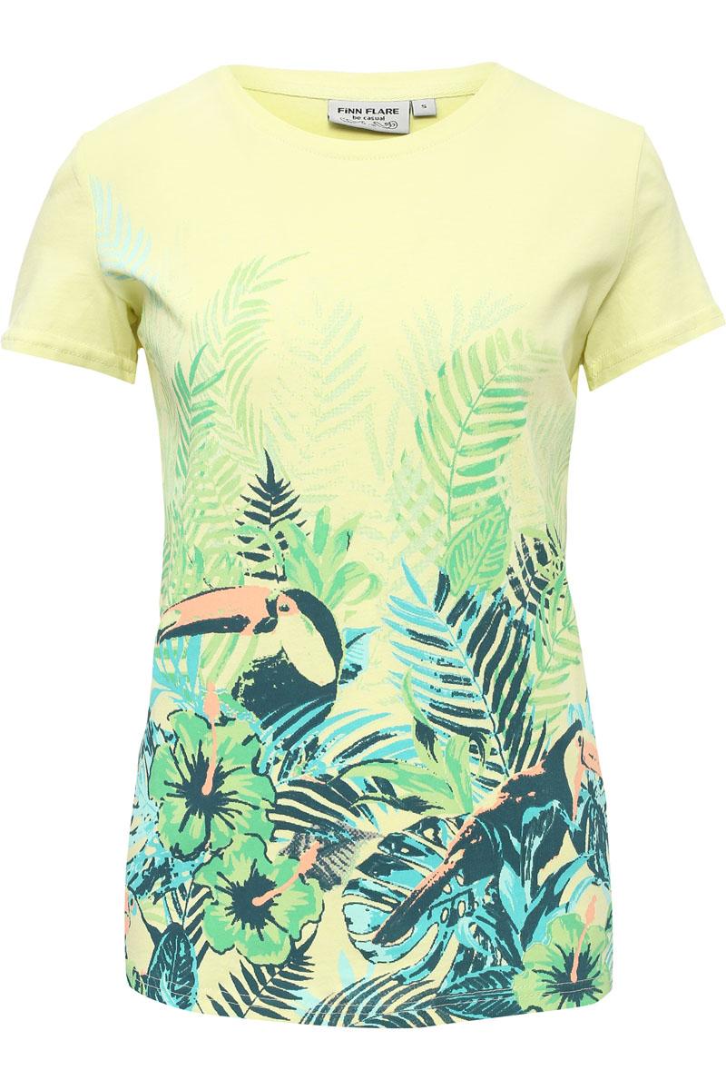 Футболка женская Finn Flare, цвет: ярко-зеленый. S17-14065_518. Размер XL (50)S17-14065_518Стильная футболка белого цвета и прямого кроя станет отличным элементом в вашем ежедневном гардеробе. Модель украшена ярким принтом с пеликаном и растениями, что отлично подходит к жаркому летнему сезону. Такую футболку можно комбинировать с любой одеждой в стиле casual. Модель выполнена из качественного хлопка.