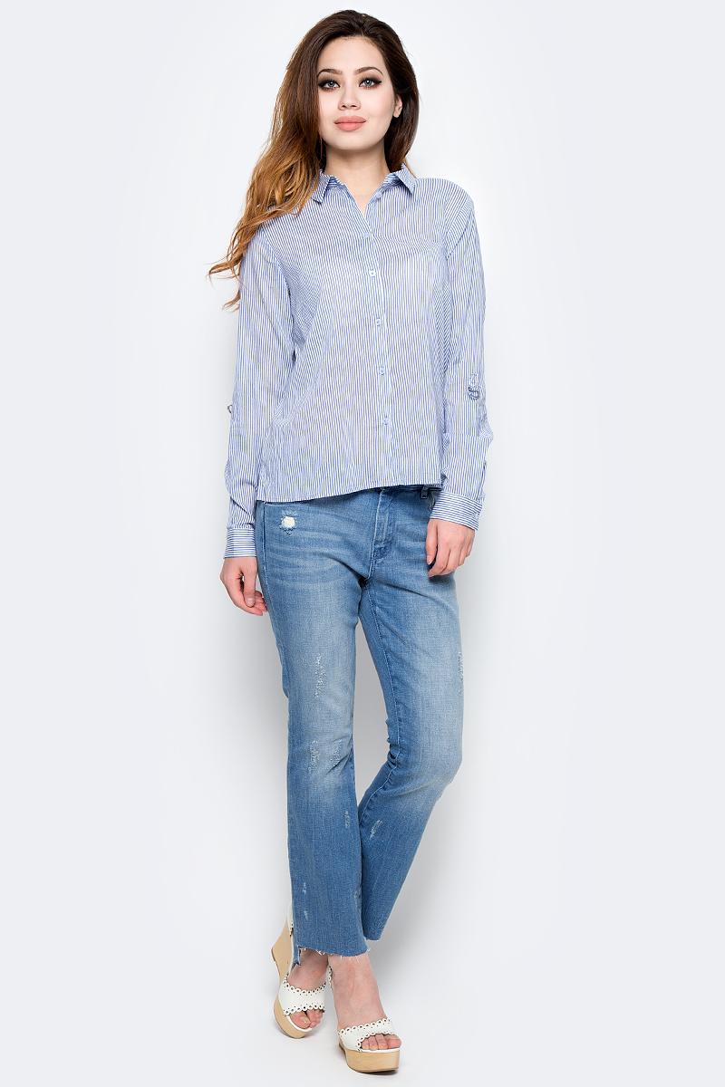 Рубашка женская Tom Tailor, цвет: голубой, белый. 2033254.00.75_6877. Размер 38 (44)2033254.00.75_6877Стильная женская рубашка Tom Tailor, выполненная из натурального хлопка, подчеркнет ваш уникальный стиль и поможет создать оригинальный образ. Такой материал великолепно пропускает воздух, обеспечивая необходимую вентиляцию, а также обладает высокой гигроскопичностью. Рубашка с длинными рукавами и отложным воротником застегивается на пуговицы спереди. Манжеты рукавов также застегиваются на пуговицы. Рубашка оформлена принтом в полоску. Такая рубашка будет дарить вам комфорт в течение всего дня и послужит замечательным дополнением к вашему гардеробу.