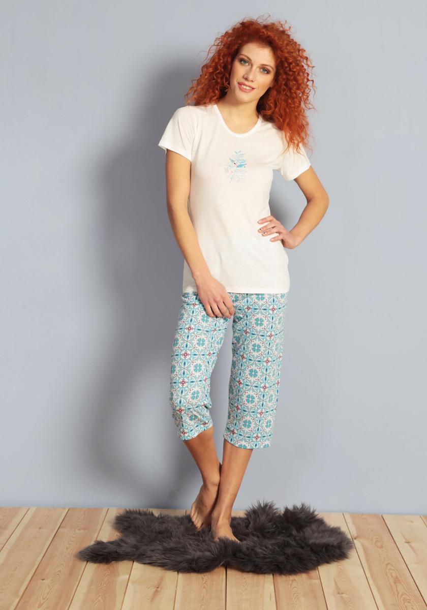 Домашний комплект женский Kezokino, цвет: белый. 609103 0335. Размер L (48)609103 0335Красивый комплект, состоящий из футболки и капри из 100% вискозы, имеет приятную расцветку. Отличный вариант для дома и отдыха на каждый день.