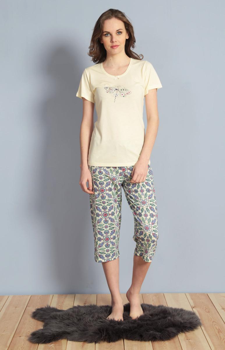 Домашний комплект женский Kezokino, цвет: ванильный. 610030 1247. Размер M (46)610030 1247Красивый комплект, выполненный из 100% вискозы, состоит из футболки и капри приятной расцветки. Отличный вариант для дома и отдыха на каждый день.