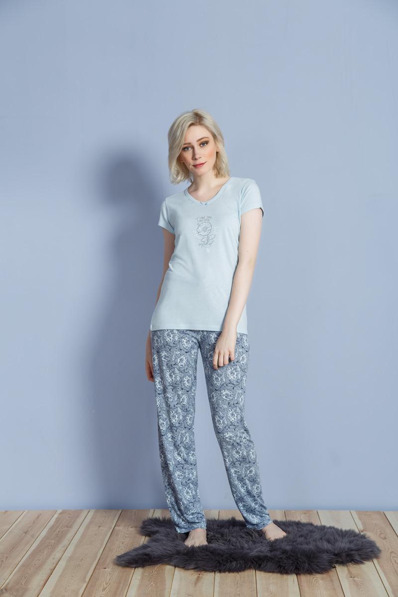 Домашний комплект женский Kezokino, цвет: голубой. 609093 1171. Размер S (44)609093 1171Красивый комплект, выполненный из 100% вискозы, состоит из футболки и брюк приятной расцветки. Отличный вариант для дома и отдыха на каждый день.