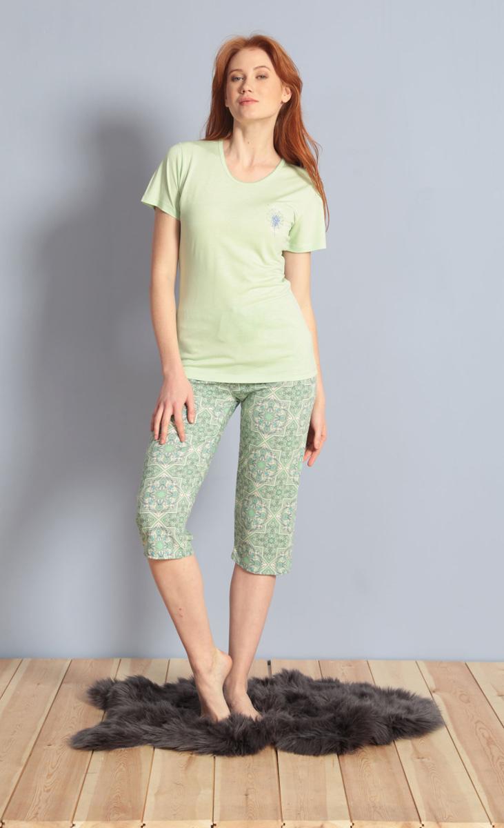 Домашний комплект женский Kezokino, цвет: зеленый. 610174 0576. Размер M (46)610174 0576Красивый комплект, выполненный из 100% вискозы, состоит из футболки и капри приятной расцветки. Отличный вариант для дома и отдыха на каждый день.