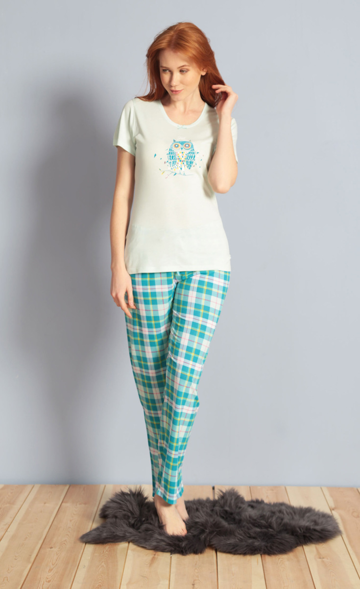 Домашний комплект женский Kezokino, цвет: ментоловый. 609102 1246. Размер L (48)609102 1246Красивый комплект, выполненный из 100% вискозы, состоит из футболки и брюк приятной расцветки. Отличный вариант для дома и отдыха на каждый день.