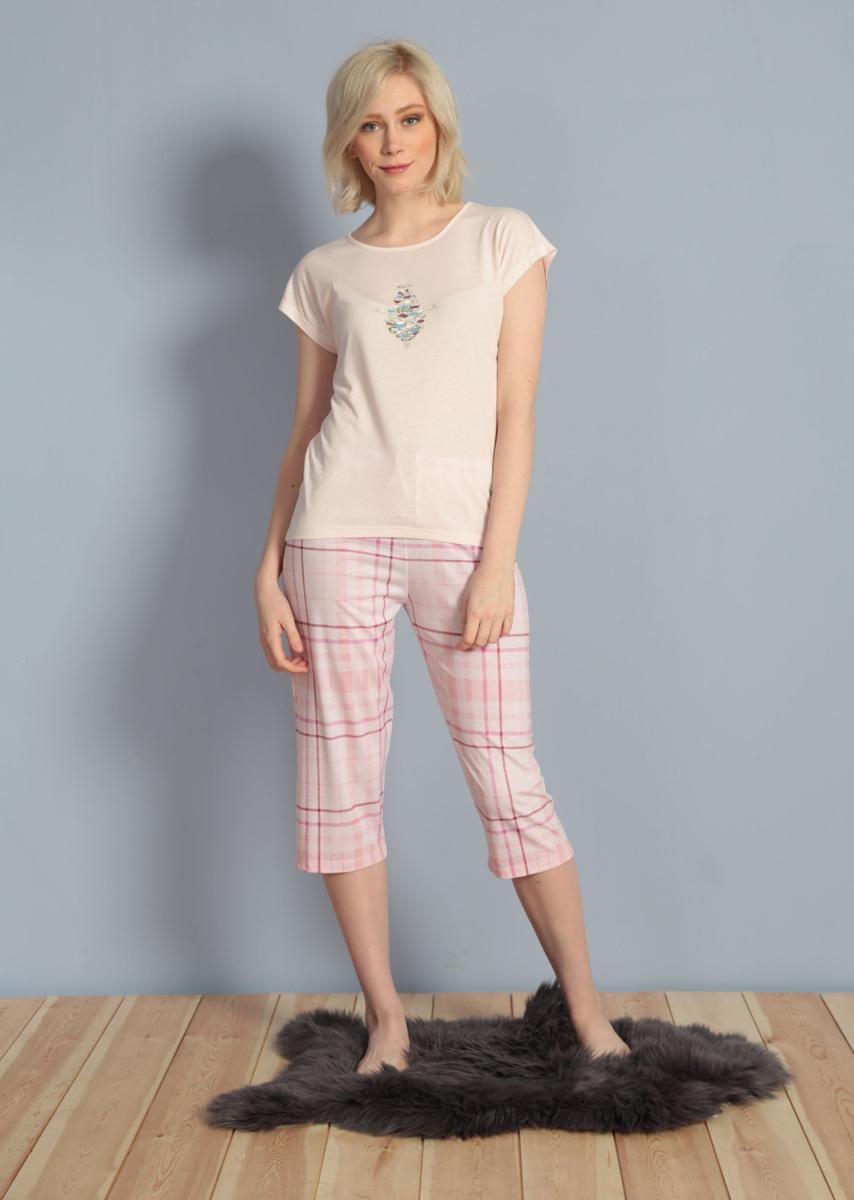 Домашний комплект женский Kezokino, цвет: светло-розовый. 610156 1248. Размер XL (50)610156 1248Красивый комплект, выполненный из 100% вискозы, состоит из футболки и капри приятной расцветки. Отличный вариант для дома и отдыха на каждый день.