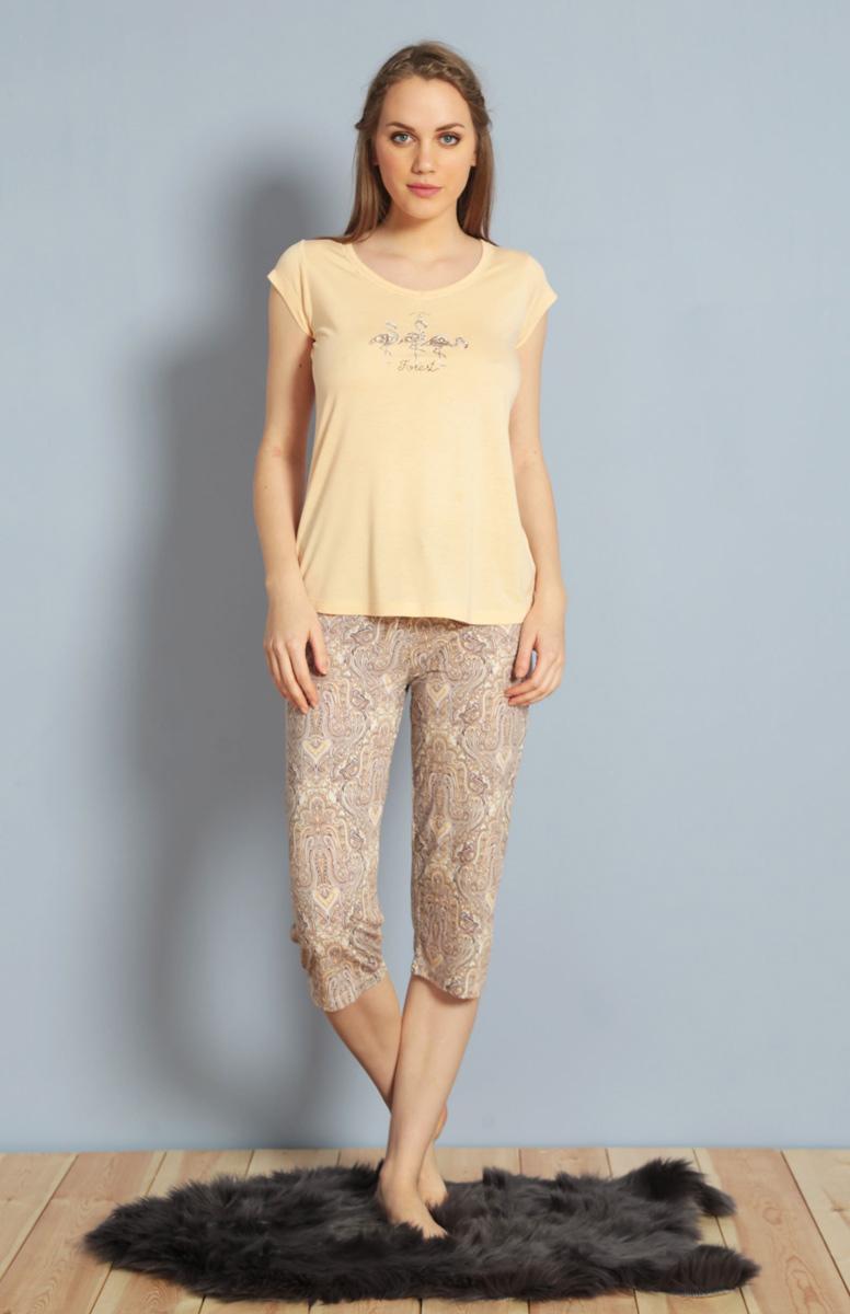 Домашний комплект женский Kezokino, цвет: персиковый. 610159 0619. Размер L (48)610159 0619Красивый комплект, выполненный из 100% вискозы, состоит из футболки и капри приятной расцветки. Отличный вариант для дома и отдыха на каждый день.