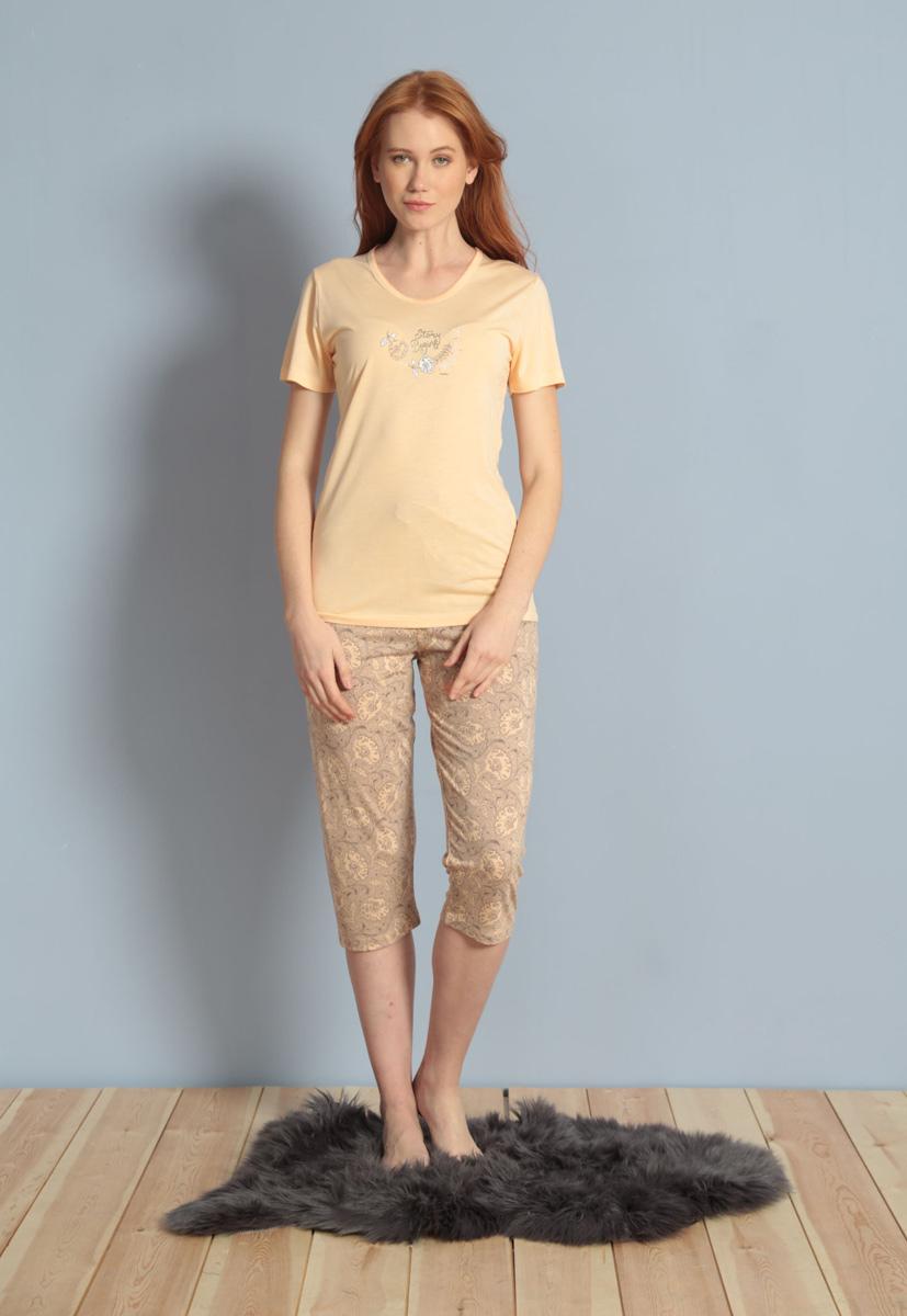 Домашний комплект женский Kezokino, цвет: персиковый. 609091 1171. Размер XL (50)609091 1171Домашний женский комплект, выполненный из 100% вискозы, состоит из футболки с круглым вырезом и короткими рукавами и капри.