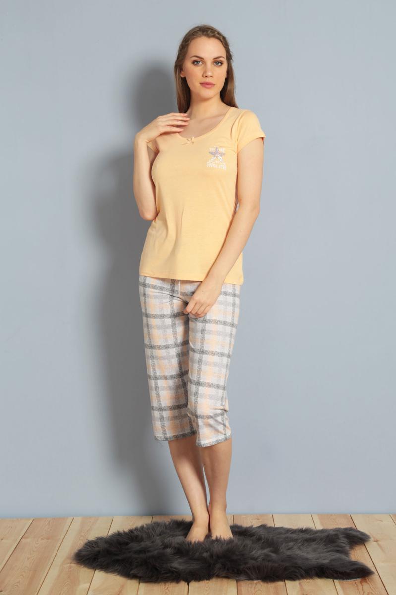Домашний комплект женский Kezokino, цвет: оранжевый. 610168 1251. Размер XL (50)610168 1251Красивый комплект, выполненный из 100% вискозы, состоит из футболки и капри приятной расцветки. Отличный вариант для дома и отдыха на каждый день.