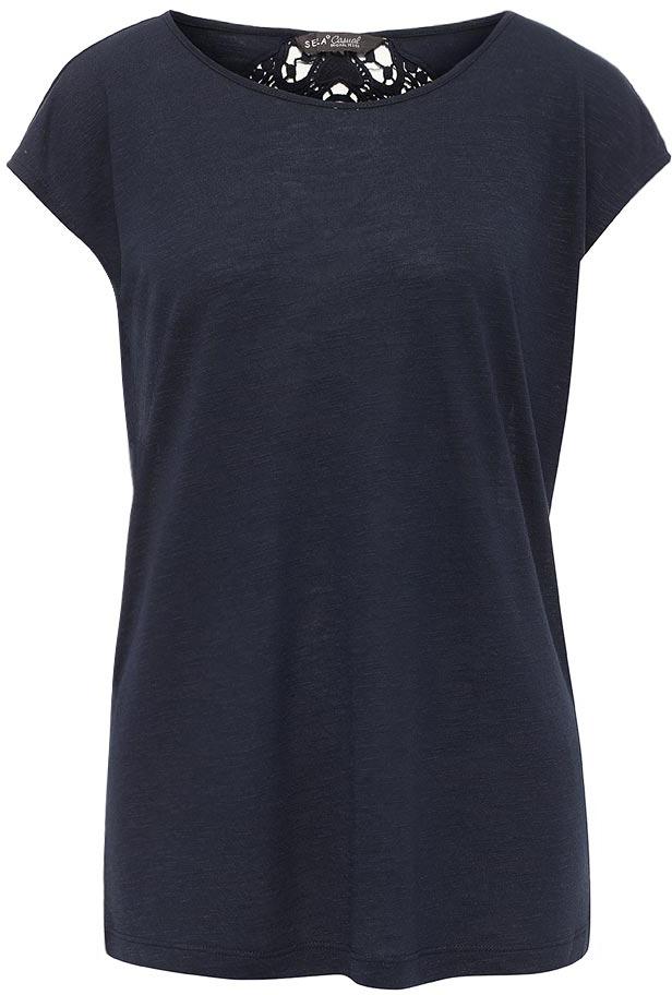 Футболка женская Sela, цвет: темно-синий. Ts-111/717-7225. Размер S (44)Ts-111/717-7225Модная женская футболка Sela с ажурной вставкой на спинке выполнена из легкого качественного материала. Модель прямого кроя с цельнокроеными рукавами подойдет для прогулок и дружеских встреч и будет отлично сочетаться с джинсами и брюками, а также гармонично смотреться с юбками. Воротник изделия дополнен мягкой эластичной бейкой. Мягкая ткань на основе вискозы и полиэстера комфортна и приятна на ощупь.