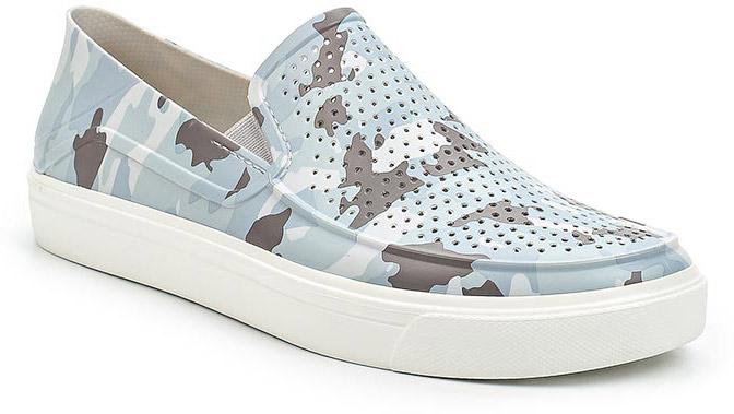 Слипоны мужские Crocs CitiLane Roka Camo 2 Slip-on, цвет: серый. 204526-960. Размер 10 (43)204526-960Удобные и стильные слипоны от Crocs выполнены из полимера. Благодаряэластичным резинкам на подъеме слипоны легко надевать.