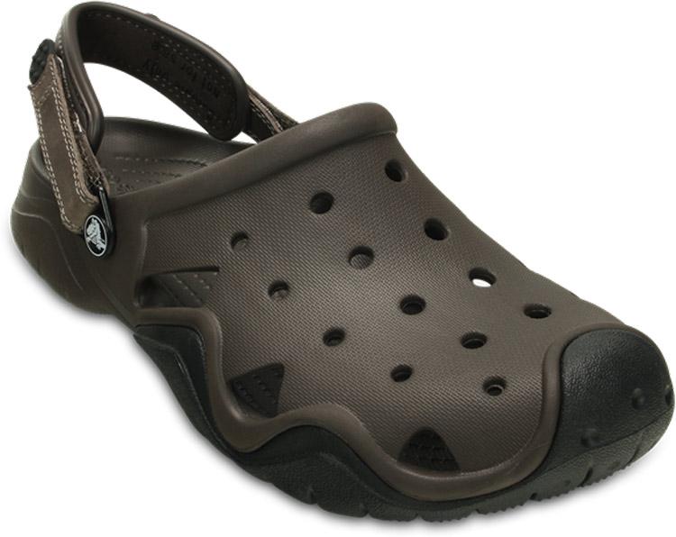 Сабо мужские Crocs Swiftwater Clog, цвет: коричневый. 202251-23K. Размер 13 (46)202251-23KСабо Crocs придутся вам по душе. Рельефная поверхность верхней части подошвы комфортна при движении. Рифленое основание подошвы гарантирует идеальное сцепление с любой поверхностью. Такие сабо - отличное решение для каждодневного использования!