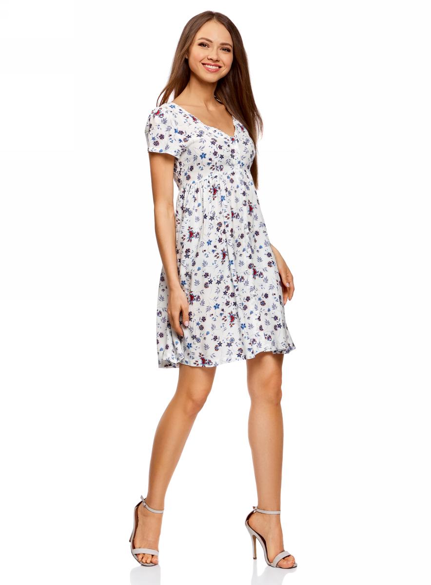 Платье oodji Ultra, цвет: кремовый, синий, цветы. 11913045/46858/3075F. Размер 36-170 (42-170)11913045/46858/3075FПлатье из вискозы на пуговицах