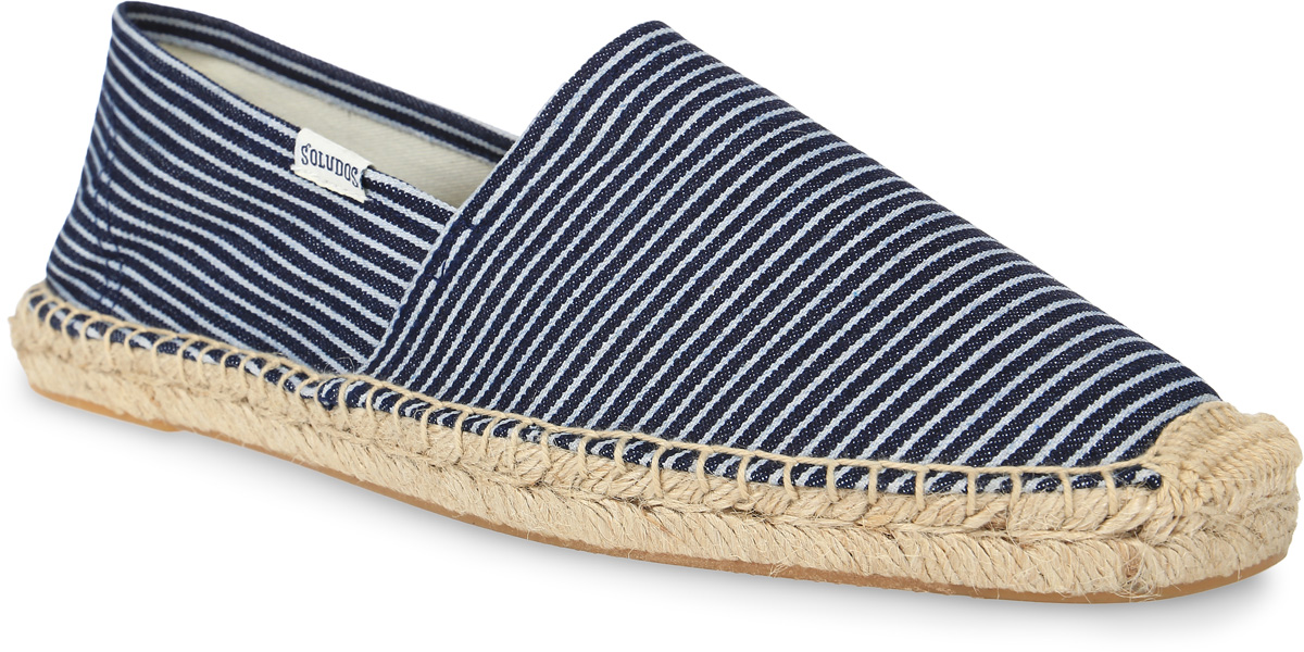 Эспадрильи мужские Soludos Classic Stripe Original Dali Slip On, цвет: темно-синий, белый. MOR1101. Размер 11,5 (44)MOR1101-DENIM BLUE WHITEСтильные мужские эспадрильи Classic Stripe Original Dali Slip On от Soludos изготовлены из текстиля и оформлены узором в полоску, фирменной нашивкой с названием бренда на боковой стороне, крупными декоративными стежками вдоль ранта. Внутренняя поверхность и стелька выполнены из текстиля, отвечающего за комфорт при движении. Верхняя часть подошвы изготовлена из плетеной джутовой нити, нижняя часть - из резины. Подошва дополнена рифленой поверхностью.