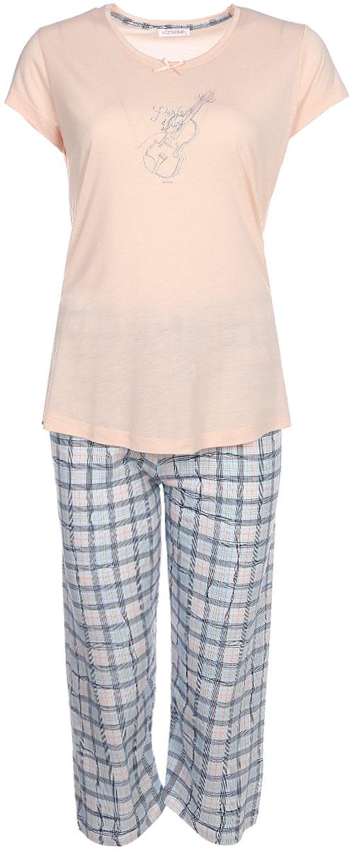 Домашний комплект женский Kezokino, цвет: светло-розовый. 610150 1250. Размер L (48)610150 1250Красивый комплект, выполненный из 100% вискозы, состоит из футболки и капри приятной расцветки. Отличный вариант для дома и отдыха на каждый день.