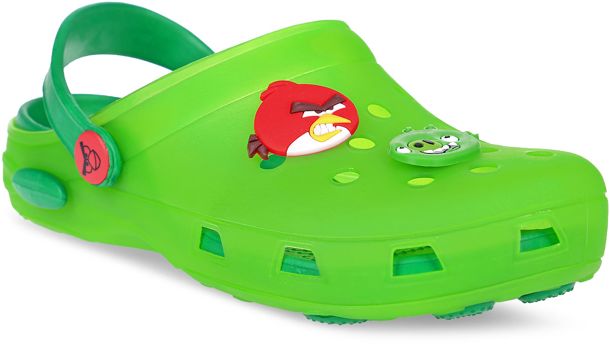 Сабо для мальчика Kakadu Angry Birds, цвет: салатовый. 5955B. Размер 345955BМодные сабо от Kakadu не оставят равнодушным вашего мальчика. Модель изготовлена из EVA (вспененного полимера), надежного и легкого материала. EVA обладает хорошими амортизирующими свойствами и водонепроницаемостью. Мысок дополнен отверстиями, которые обеспечивают естественную вентиляцию, и оформлен накладками с изображением персонажей игры Angry Birds. Сабо оснащены ремешком из EVA, который обеспечивает надежную фиксацию ноги. Внутренняя поверхность подошвы имеет рельеф, который предотвращает выскальзывание ноги. Рельефная поверхность подошвы обеспечивает отличное сцепление с любой поверхностью. Такие сабо - отличное решение для походов на пляж.