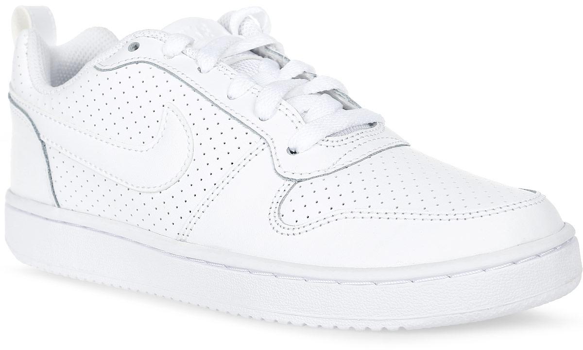 Кроссовки мужские Nike Recreation Low, цвет: белый. 838937-111. Размер 10,5 (44)838937-111Мужские кроссовки Recreation от Nike выполнены из натуральной и искусственной кожи. Модель оформлена перфорацией, которая обеспечивает естественную вентиляцию. Подкладка и стелька из текстиля комфортны при движении. Резиновая подошва типа Cupsole усиливает поддержку и сцепление с поверхностью. Язычок из сетчатого материала повышает воздухопроницаемость.