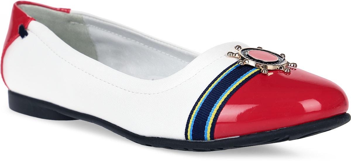 Туфли для девочки Зебра, цвет: красный, белый. 8986-4. Размер 378986-4Туфли для девочки от Зебра на невысоком квадратном каблучке выполнены искусственной кожи. Подкладка и стелька выполнены из натуральной кожи, что предотвращает натирание и гарантирует уют.