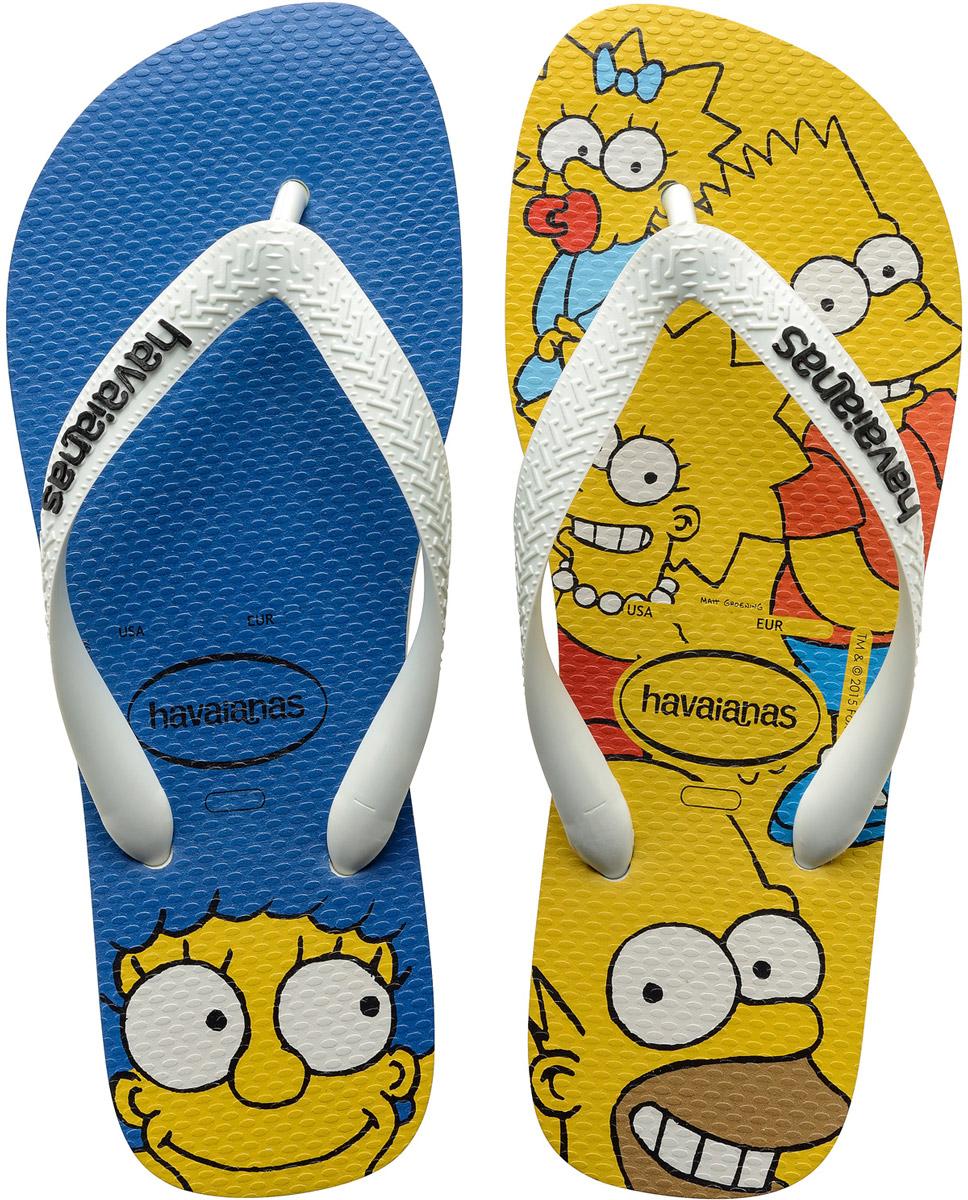 Сланцы детские Havaianas Simpsons, цвет: синий, желтый, белый. K41378890001. Размер 31/32 (32/33)K41378890001Детские сланцы Simpsons от Havaianas прекрасно подойдут для похода в бассейн или на пляж. Верх модели, выполненный из резины, оформлен рельефным орнаментом и названием бренда. Ремешки с перемычкой гарантируют надежную фиксацию модели на ноге. Подошва выполнена из материала ЭВА. Рифление на верхней поверхности подошвы предотвращает выскальзывание ноги. Рельефное основание подошвы обеспечивает уверенное сцепление с любой поверхностью.