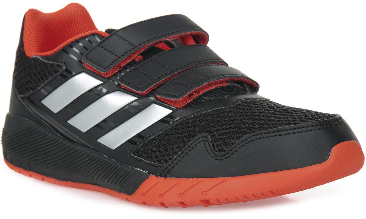 Кроссовки для мальчика adidas AltaRun CF K, цвет: черный, красный. BA7424. Размер 5 (37)BA7424Комфортные беговые кроссовки, которые помогут юному чемпиону достигнуть впечатляющих результатов. Дышащий верх из сетки обеспечивает необходимый уровень вентиляции и свежести. Удобные ремешки на липучках для быстрого надевания и снимания. Удобная и функциональная стелька с антимикробным покрытием EcoOrthoLite®.Мягкая резиновая подошва.