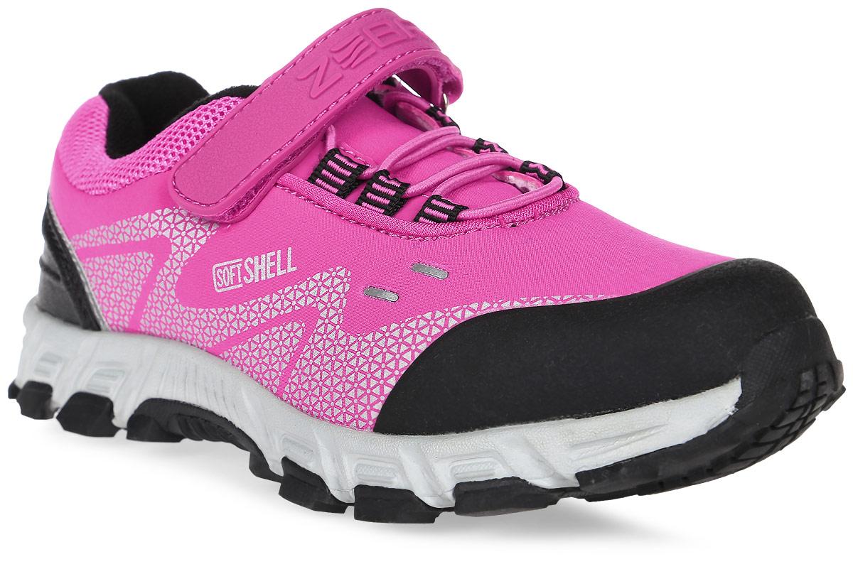 Кроссовки для девочки Зебра, цвет: розовый. 10981-9. Размер 3310981-9Кроссовки от Зебра выполнены из высококачественного текстиля. Классическая шнуровка и застежка-липучка обеспечивают надежную фиксацию обуви на ноге ребенка. Подкладка выполнена из текстиля, а стелька – из натуральной кожи, что предотвращает натирание и гарантирует уют. Подошва из филона дает превосходную амортизацию и упругость, хорошо поддерживает стопу.