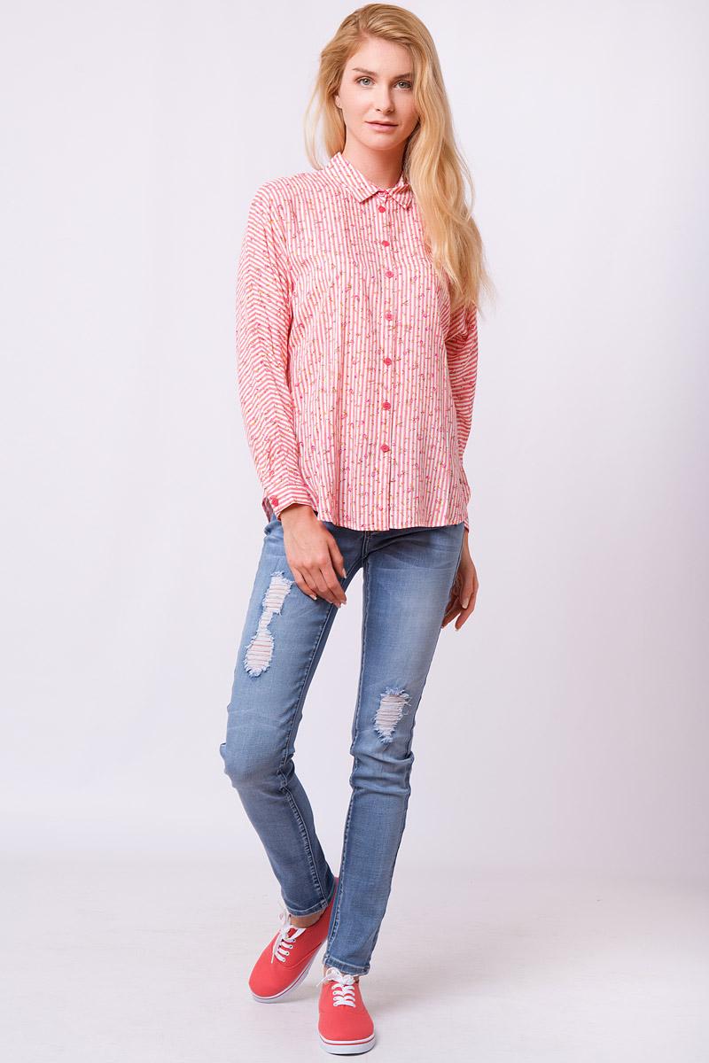Блузка женская Finn Flare, цвет: розовый. S17-32008_812. Размер S (44)S17-32008_812Дизайнеры FiNN FLARE создали для вас удивительную свободную блузку в контрастную полоску, которая еще усыпана розоватыми цветочками. Налицо – фаворит среди офисных рубашек и повседневных топов! Такую модель можно надевать навыпуск с джинсами или свободными брюками в тон или заправить в юбку-карандаш или кюлоты.