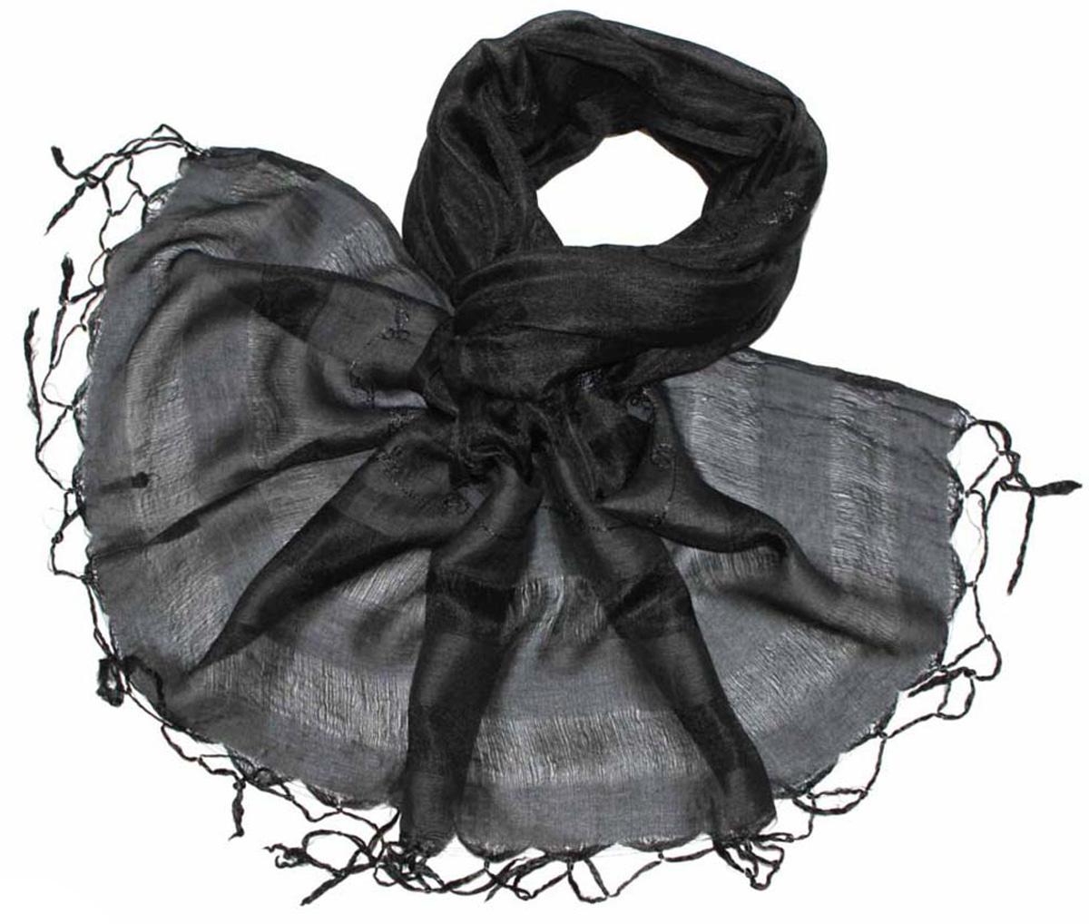Шарф женский Ethnica, цвет: черный, серый. 916225. Размер 55 см х 180 см916225Стильный шарф привлекательной расцветки с кисточками по краю изготовлен из 100% шелка. Он удачно дополнит ваш гардероб и поможет создать новый повседневный образ, добавить в него яркие краски. Отличный вариант для тех, кто стремится к самовыражению и новизне!