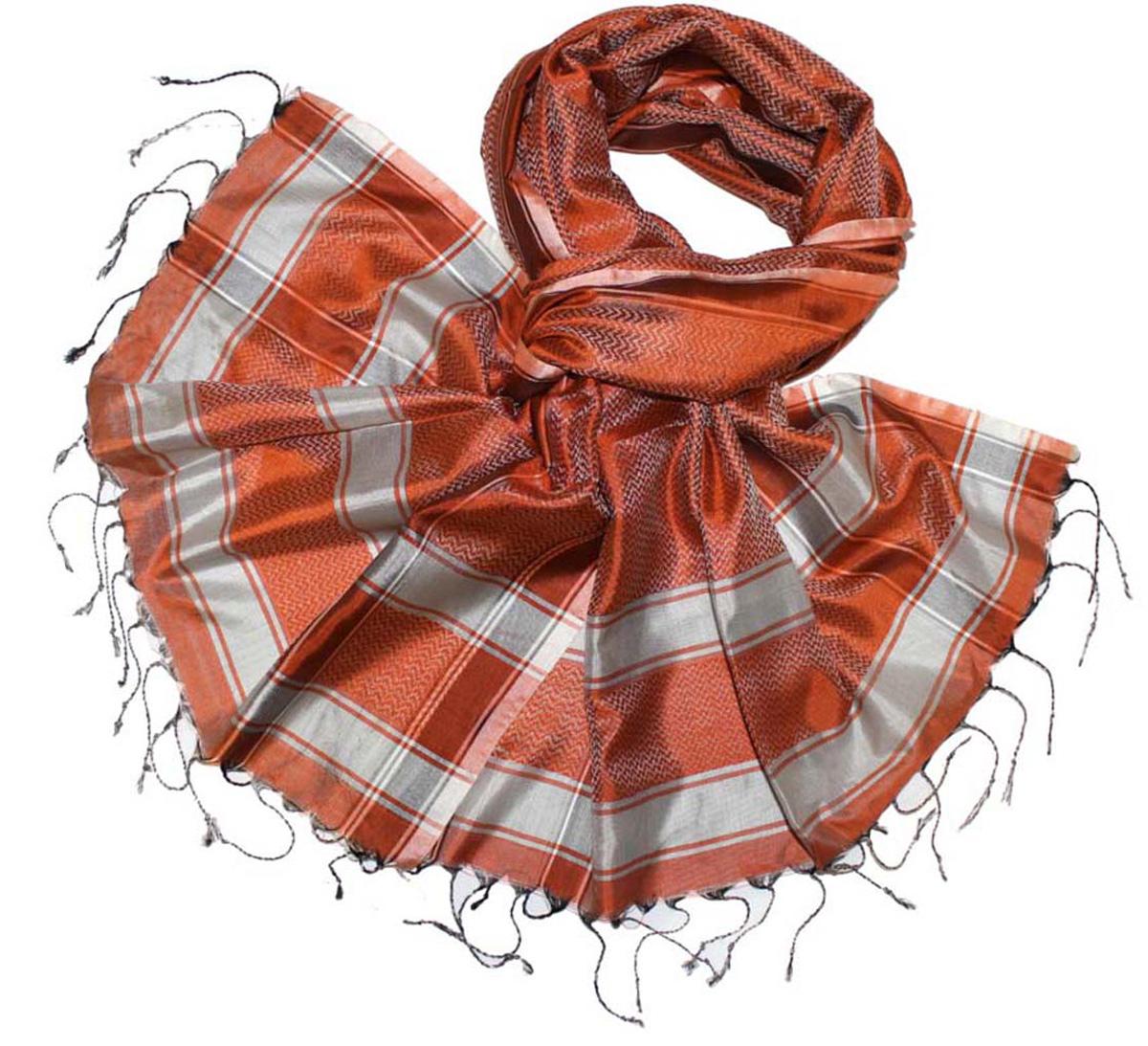 Шарф женский Ethnica, цвет: оранжевый, серый. 888225. Размер 50 см х 170 см888225Стильный шарф привлекательной расцветки с кисточками по краю изготовлен из 100% шелка. Он удачно дополнит ваш гардероб и поможет создать новый повседневный образ, добавить в него яркие краски. Отличный вариант для тех, кто стремится к самовыражению и новизне!