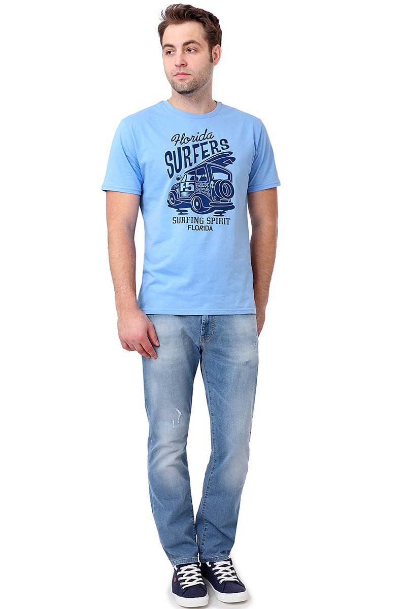 Футболка мужская F5, цвет: голубой. 14504_02285. Размер S (46)14504_02285/Car, TR Plain, blueСтильная мужская футболкаF5 выполнена из натурального хлопка. Футболка с коротким рукавом и небольшим круглым вырезом оформлена принтом и надписью.