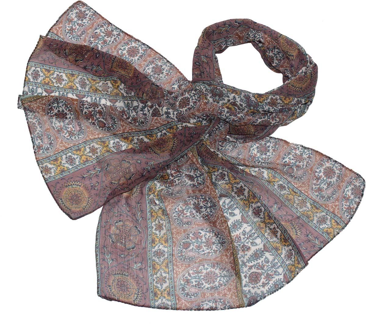 Шарф женский Ethnica, цвет: бордовый, белый. 262040. Размер 50 см х 170 см262040Стильный шарф привлекательной расцветки изготовлен из 100% вискозы. Он удачно дополнит ваш гардероб и поможет создать новый повседневный образ, добавить в него яркие краски. Отличный вариант для тех, кто стремится к самовыражению и новизне!