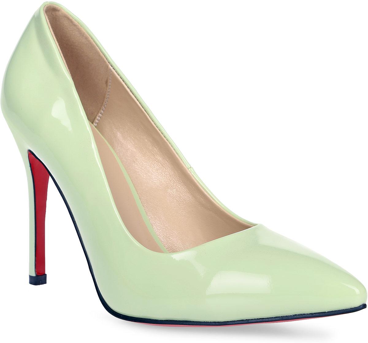 Туфли женские Inario, цвет: светло-зеленый. 17251-01-14. Размер 3917251-01-14Туфли-лодочки Inario выполнены из искусственной лаковой кожи. Внутренняя поверхность и стелька из искусственной кожи обеспечат комфорт при движении. Подошва красного цвета выполнена из полимера. Модель имеет острый мысок и высокий каблук-шпильку.