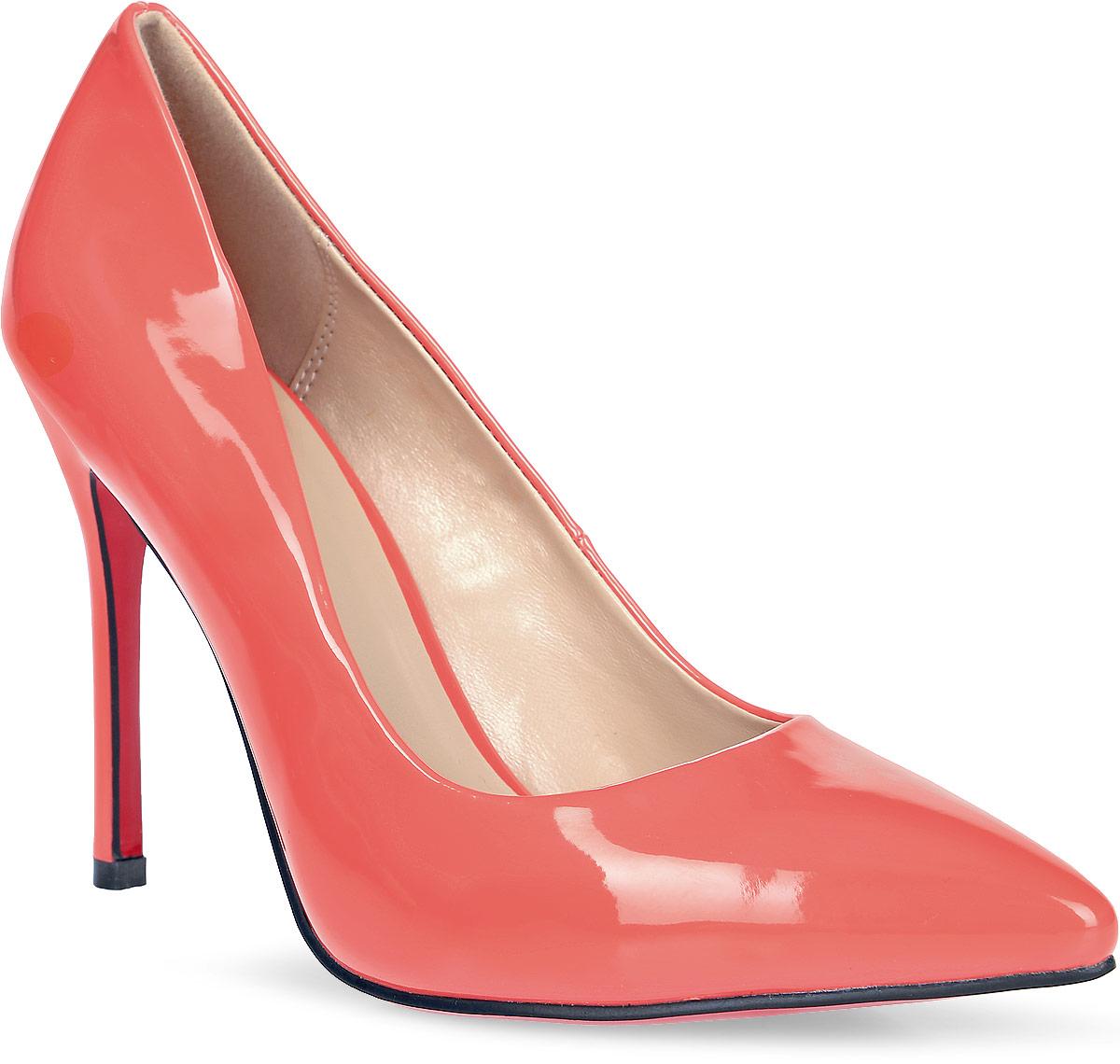 Туфли женские Inario, цвет: коралловый. 17251-01-15. Размер 3917251-01-15Туфли-лодочки Inario выполнены из искусственной лаковой кожи. Внутренняя поверхность и стелька из искусственной кожи обеспечат комфорт при движении. Подошва красного цвета выполнена из полимера. Модель имеет острый мысок и высокий каблук-шпильку.