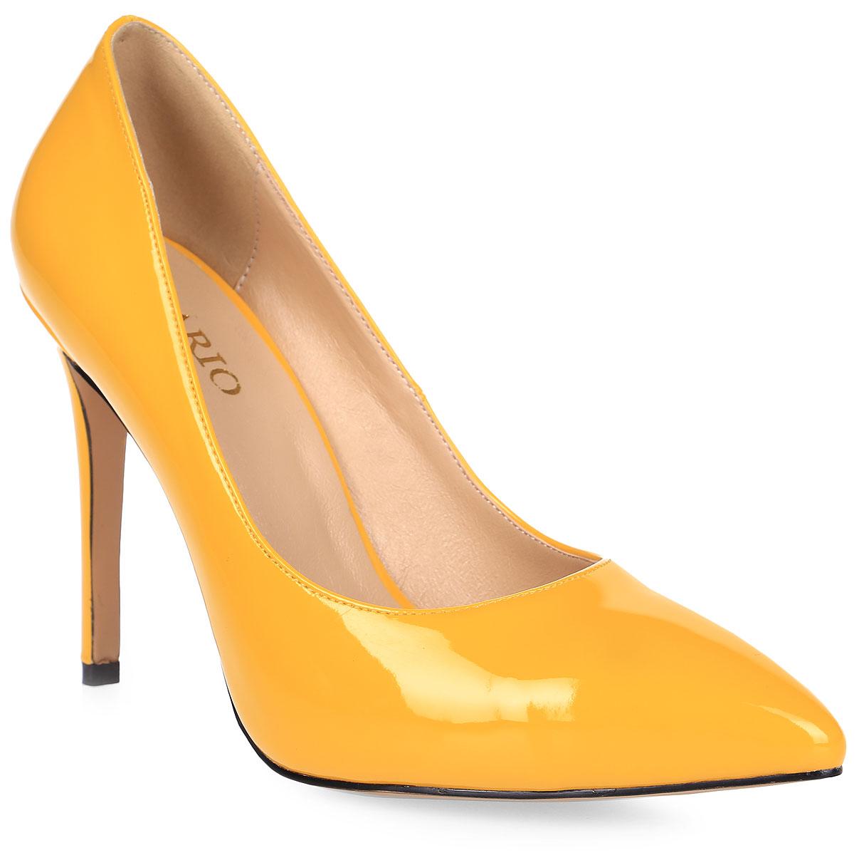 Туфли женские Inario, цвет: желтый. 17240-01-6. Размер 4017240-01-6Туфли-лодочки Inario выполнены из искусственной лаковой кожи. Внутренняя поверхность и стелька из искусственной кожи обеспечат комфорт при движении. Подошва выполнена из полимера. Модель имеет острый мысок и высокий каблук-шпильку.