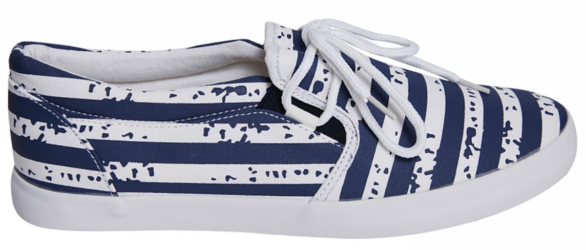 Кеды мужские oodji, цвет: темно-синий, белый. 9L1LP034M/19832/7910S. Размер 44 (43)9L1LP034M/19832/7910SСтильные кеды oodji изготовлены из качественного текстиля. Оригинальная шнуровка и эластичные вставки прочно зафиксируют модель на ноге. Стелька из мягкого текстиля гарантирует комфорт при носке. Гибкая подошва обеспечивает идеальное сцепление с разными поверхностями. Кеды прекрасно сидят на ноге и послужат отличным дополнением вашего гардероба!