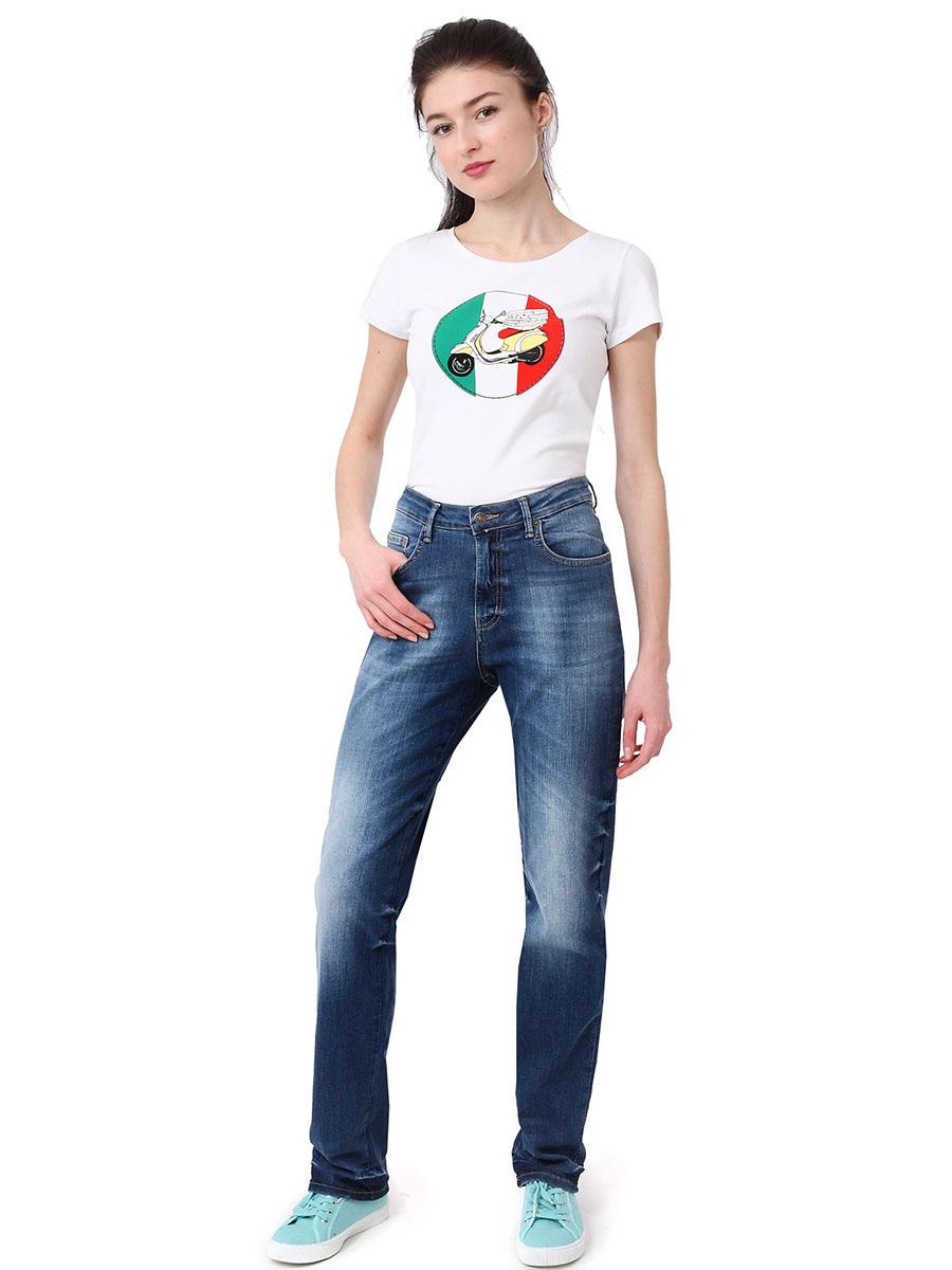 Джинсы женские F5, цвет: синий. 175035_19736. Размер 30-34 (46-34)175035_19736, Blue denim 10064 str., w.mediumЖенские джинсы F5 выполнены из натурального хлопка с добавлением эластана. Модель по поясу застегивается на пуговицу и имеет ширинку на застежке-молнии. Пояс дополнен шлевками для ремня. Спереди расположены два втачных кармана и маленький накладной кармашек, а сзади - два накладных кармана.