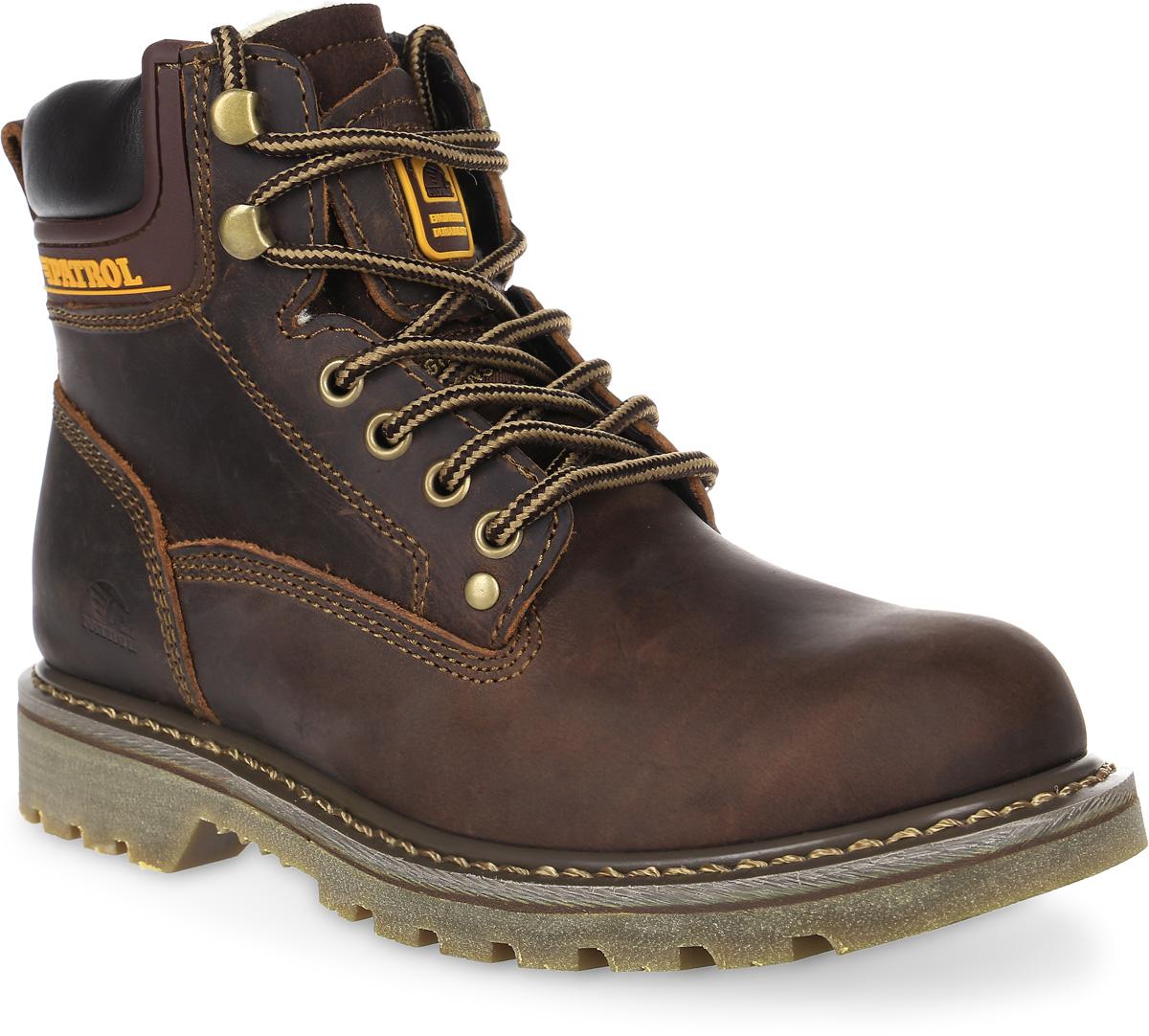 Ботинки для мальчика Patrol, цвет: темно-коричневый. 756-313M-17w-1-6. Размер 39756-313M-17w-1-6Уютные и теплые ботинки для мальчика от Patrol выполнены из натуральной кожи. Подкладка и стелька, выполненные из натурального меха, обеспечивают отличную амортизацию и максимальный комфорт. Подошва с протектором гарантирует идеальное сцепление на любой поверхности. Ботинки на ноге фиксируются при помощи классической шнуровки.