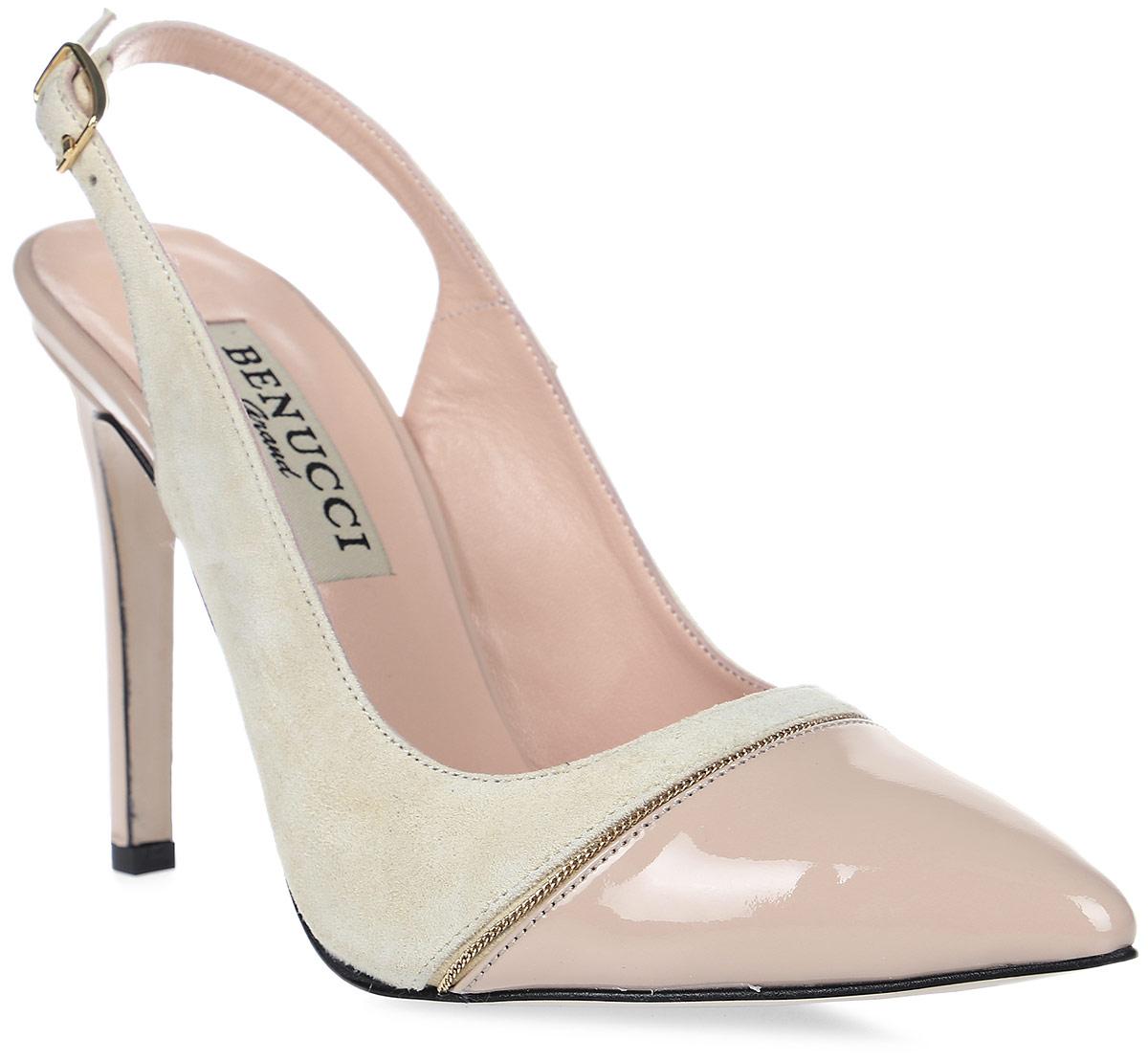 Туфли женские Benucci, цвет: бежевый. 7810. Размер 397810Женские туфли от Benucci выполнены из натуральной кожи. Модель фиксируется на ноге при помощи ремешка на пряжке. Подкладка, изготовленная из натуральной кожи, обладает хорошей влаговпитываемостью и естественной воздухопроницаемостью. Стелька из натуральной кожи гарантирует комфорт и удобство стопам. Подошва из резины обеспечивает хорошую амортизацию и сцепление с любой поверхностью.