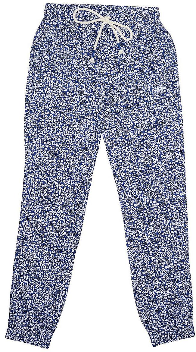 Брюки для девочки Sela, цвет: сине-фиолетовый. P-615/516-7233. Размер 146, 11 летP-615/516-7233Стильные брюки для девочки Sela выполнены из легкого воздушного материала и оформлены цветочным принтом. Брюки зауженного кроя стандартной посадки на талии имеют пояс на широкой резинке, дополнительно регулируемый шнурком, и дополнены двумя втачными карманами. Низ брючин собран на резинку. Брюки подойдут для прогулок и дружеских встреч и станут отличным дополнением гардероба в летний период.
