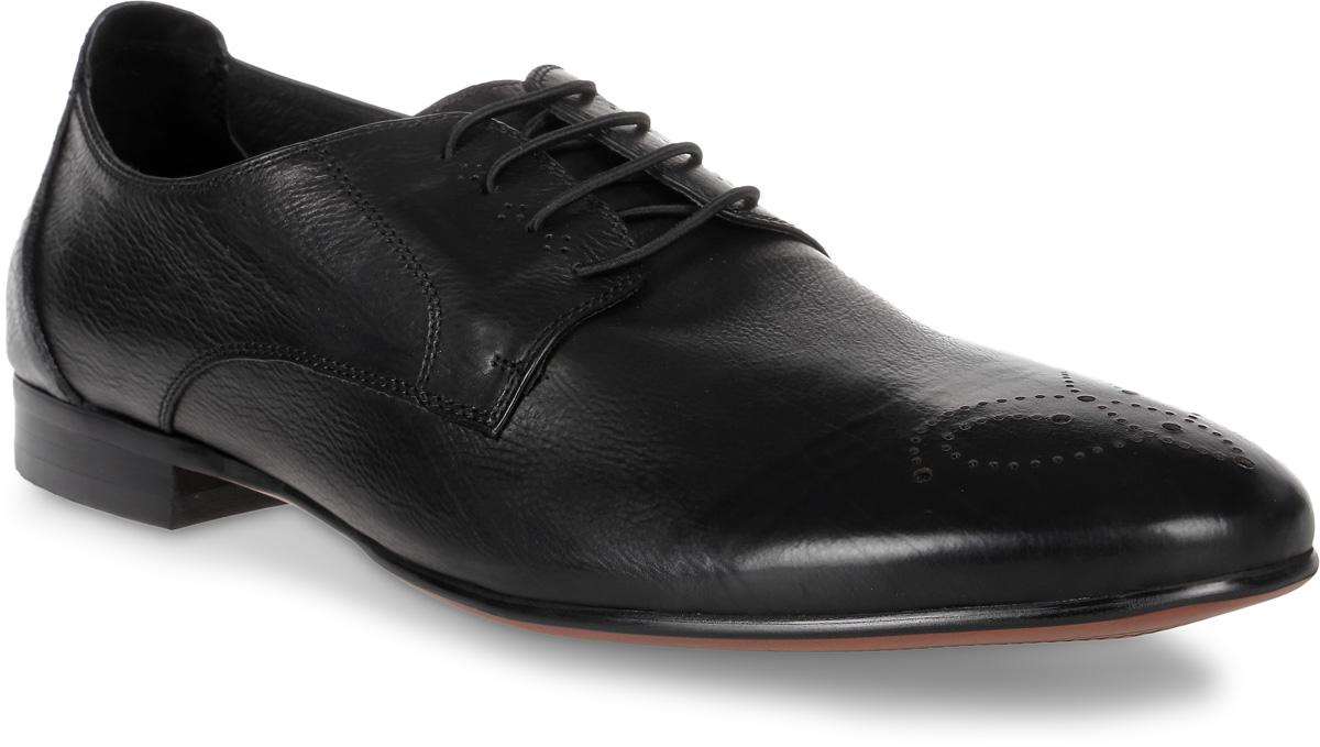 Туфли мужские El Tempo, цвет: черный. CRS61_533-51-742. Размер 45CRS61_533-51-742_BLACKЭлегантные мужские туфли от El Tempo покорят вас своим удобством. Модель выполнена из высококачественной натуральной кожи и оформлена на мысе перфорацией. Шнуровка надежно зафиксирует обувь на ноге. Стелька и подкладка из натуральной кожи позволяют ногам дышать. Рифление на подошве обеспечивает отличное сцепление с различными поверхностями.Стильные туфли прекрасно впишутся в ваш гардероб.