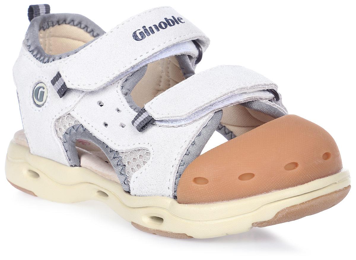 Сандалии детские Ginoble, цвет: светло-серый. TXG307. Размер 26TXG307Сандалии Ginoble - это анатомическая обувь для детей, созданная с применением современных немецких технологий и оборудования. Верх выполнен из натуральной замши с текстильными вставками. Текстильная подкладка и анатомическая стелька из натуральной кожи создают комфорт во время движения. Рельефная подошва изготовлена из термопластичной резины. Модель застегивается на липучки. Широкая носочная часть позволяет пальчикам чувствовать себя свободно и комфортно. Мысок сандалий защищен мягким силиконом. Мягкий кант задней части защищает кожу от повреждений во время движения. Дизайн разработан с учетом биомеханики мышц и несовершенства детской походки. Анатомическая обувь предназначена для здоровых детей с целью профилактики заболеваний детской стопы, также помогает скорректировать походку и защищает ножки ребенка от травм.