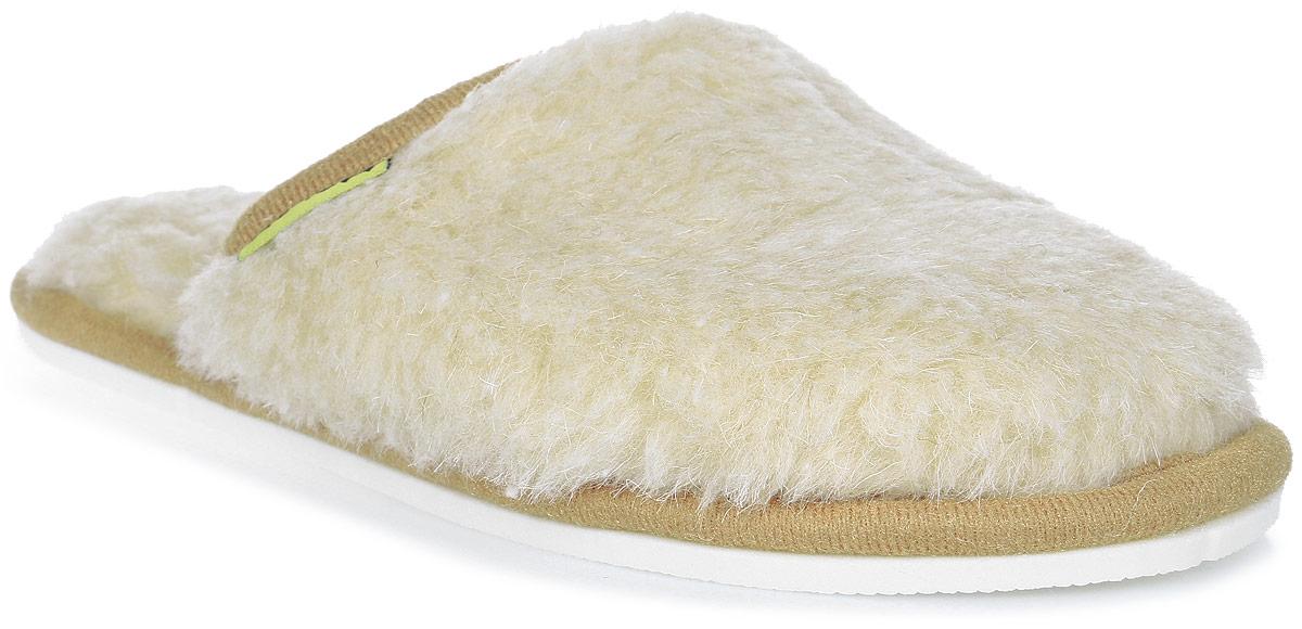 Тапки Holty Гармония, цвет: бежевый. 030302-0200/э. Размер 38030302-0200/эМягкие тапки Гармония от Holty выполнены из натуральной овечьей шерсти и текстиля. Содержащий в натуральной шерсти животный воск, взаимодействуя с кожей человека, благотворно влияет на мышцы и суставы. Уникальным свойством шерсти является способность поглощать влагу, свободно ее рассеивать, оставляя при этом ноги сухими. Тапки идеально подойдут для ношения в помещениях с любыми типами полов, для прогрева ног сухим теплом, защиты от воздействия холода и сквозняков и снятия усталости. Рельефная подошва, выполненная из ЭВА-пора, обеспечивает сцепление с любой поверхностью. ЭВА-пора не пропускает и не впитывает воду.Легкие и мягкие тапки подарят чувство уюта и комфорта.