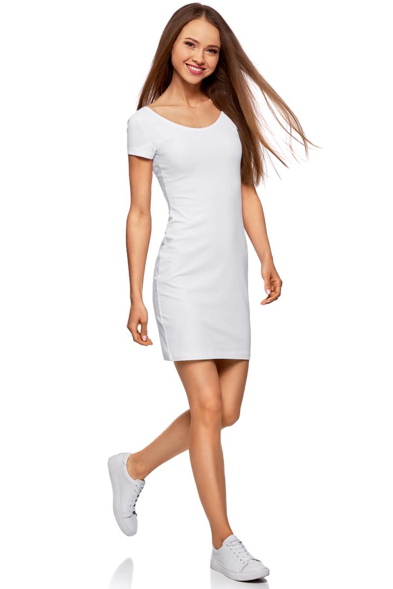 Платье oodji Collection, цвет: белый. 24001082-2B/47420/1000N. Размер M (46)24001082-2B/47420/1000NПлатье от oodji облегающего силуэта с глубоким вырезом на спине выполнено из эластичного хлопка. Модель с короткими рукавами.