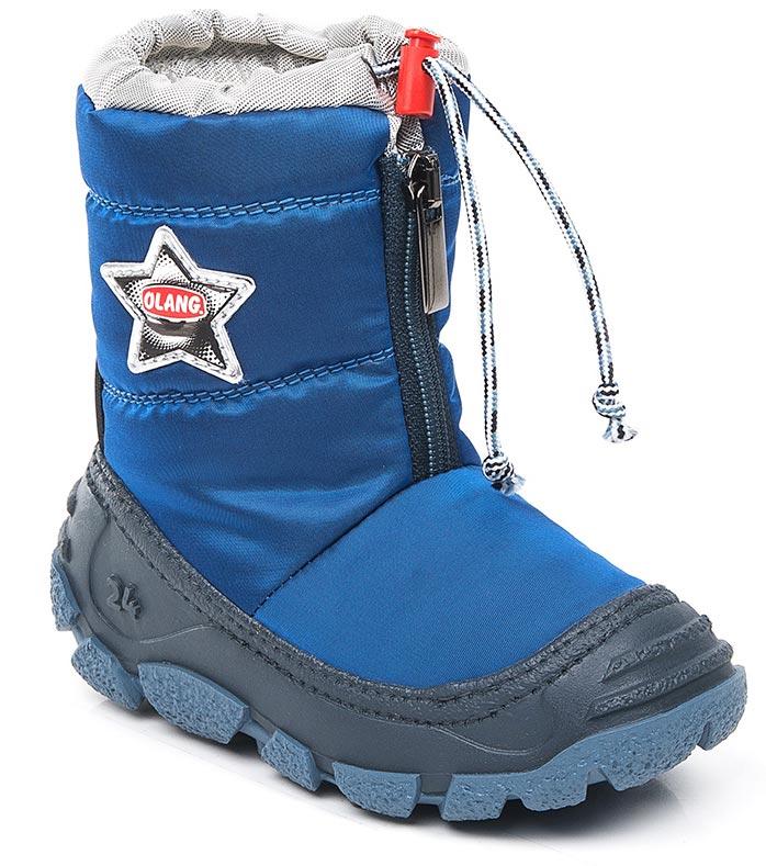 Дутики для мальчика Olang, цвет: синий. Eolo 827. Размер 29/30Eolo 827Начните холодный сезон вместе с Olang! Сапоги будут радовать ребенка и защищать его ноги от влаги и холода. А специальная застежка-фиксатор в верхней части обуви предотвращает попадание снега и воды внутрь. Материал верха: текстиль, материал подкладки: искусственный мех.