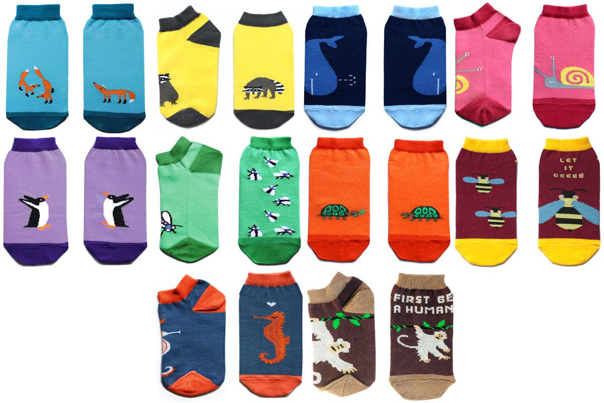 Комплект носков Big Bang Socks, укороченные, цвет: мультиколор, 10 пар. p011022. Размер 35/39p011022Яркие носки Big Bang Socks выполнены из высококачественного хлопка с добавлением полиамида и эластана, которые обеспечивают отличнуюпосадку. В комплект входят 10 пар разноцветных носков с разными принтами.Модель оснащена эластичной резинкой, которая плотно облегает ногу, не сдавливая ее, обеспечивает удобство.Комплект упакован в фирменную коробку.