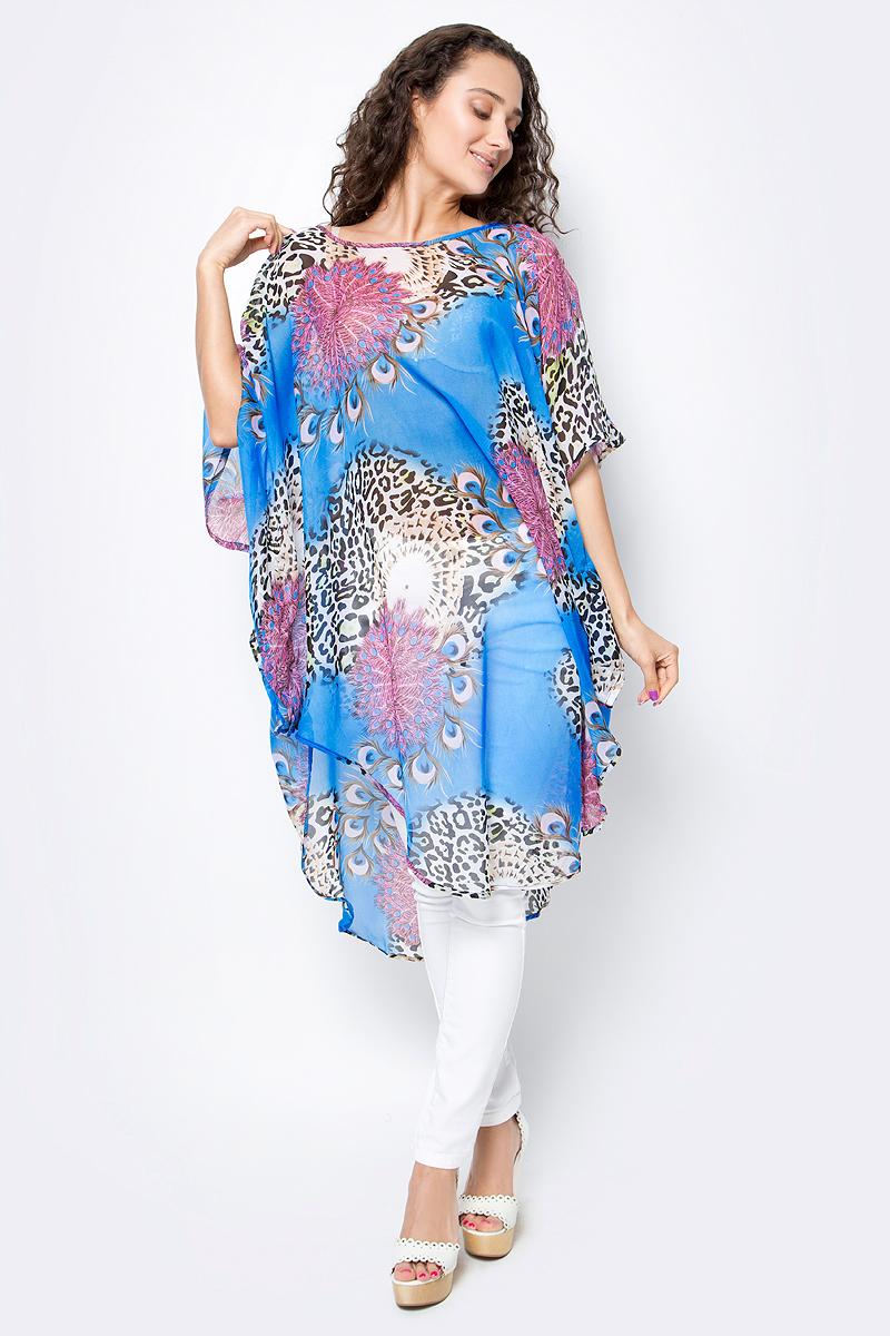 Туника женская Vittorio Richi, цвет: голубой. Ro03B1015-4-4. Размер M/XXXXL (46/60)Ro03B1015-4-4Летняя туника средней длины из атласной ткани. Свободный крой с разрезами по бокам и рукавами-кимоно. Большой выбор принтов.