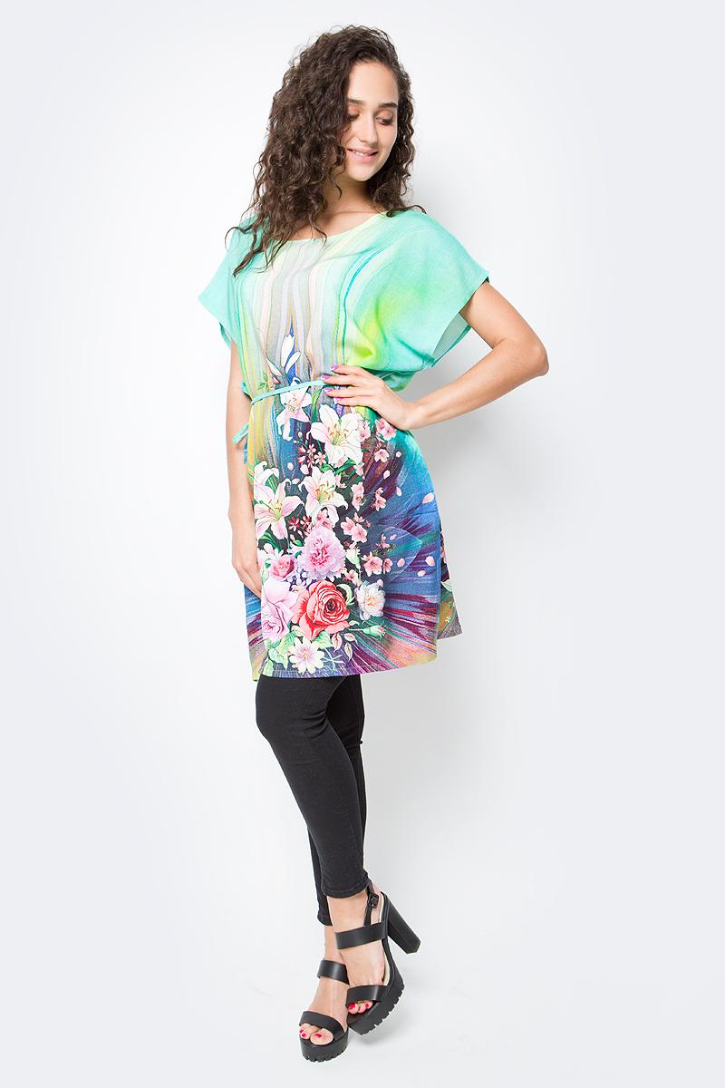 Туника женская Vitta Pelle, цвет: зеленый, розовый. Ro03B1166-S9373-1. Размер M/L (44/48)Ro03B1166-S9373-1Легкая полупрозрачная накидка из хлопковой ткани с ярким цветочным принтом и отделкой из бахромы.