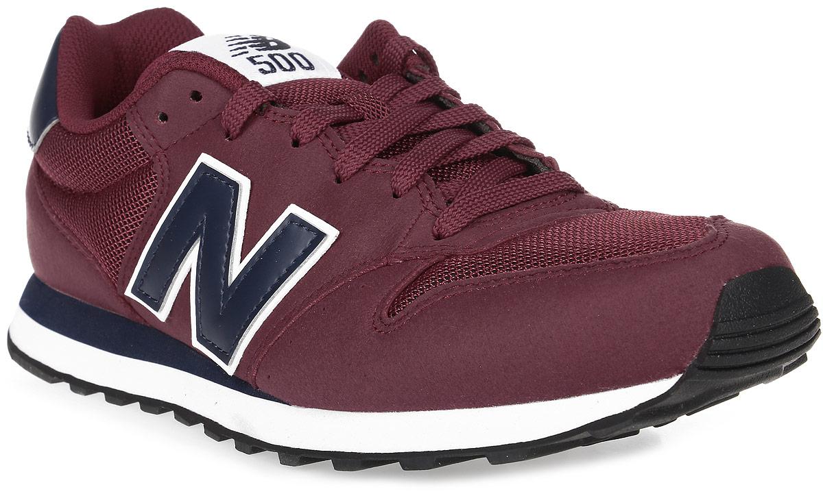 Кроссовки мужские New Balance 500, цвет: бордовый. GM500RWN/D. Размер 10 (44)GM500RWN/DСтильные мужские кроссовки от New Balance придутся вам по душе. Верх модели выполнен из высококачественныхматериалов. По бокам обувь оформлена декоративными элементами в виде фирменного логотипа бренда, на язычке - фирменной нашивкой, задник логотипом бренда. Классическая шнуровка надежно зафиксирует изделие на ноге. Подкладка и стелька, изготовленные из текстиля, гарантируют уют и предотвращают натирание. Подошва оснащена рифлением для лучшей сцепки с поверхностями. Удобные кроссовки займут достойное место среди коллекции вашей обуви.