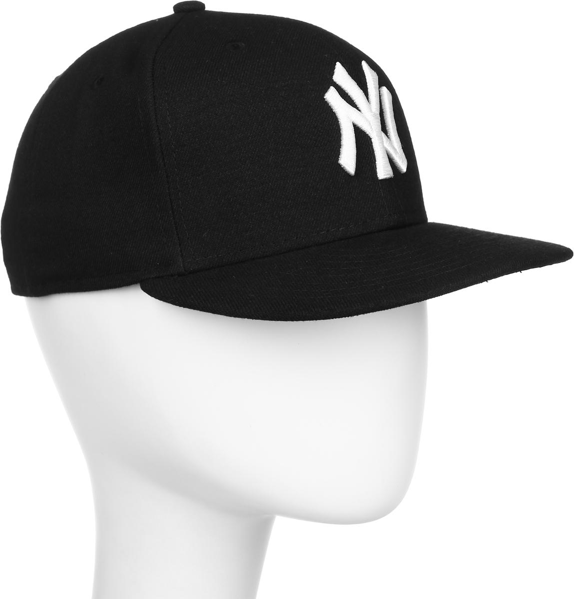 Бейсболка New Era 59fifty League Basic, цвет: черный, белый. 11277712-BLKWHT. Размер 7 1/4 (57)11277712-BLKWHTСтильная бейсболка New Era, выполненная из высококачественного материала, идеально подойдет для прогулок, занятий спортом и отдыха. Изделие оформлено объемным вышитым логотипом знаменитой бейсбольной команды New York Yankees и логотипом бренда New Era. Она надежно защитит вас от солнца и ветра. Эта модель станет отличным аксессуаром и дополнит ваш повседневный образ.