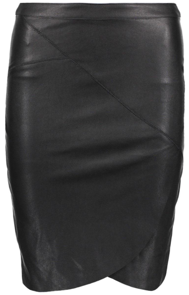 Юбка женская Only, цвет: черный. 15132226_Black. Размер 38 (44)15132226_BlackКлассическая юбка-карандаш Only выполнена из плотного эластичного материала. Модель великолепно сидит на фигуре и подчеркивает все ее достоинства. Длина юбки чуть ниже колена. Юбка средней посадки, застегивается на застежку-молнию, расположенную сзади. В этой модной юбке вы будете чувствовать себя уверенно, оставаясь в центре внимания.