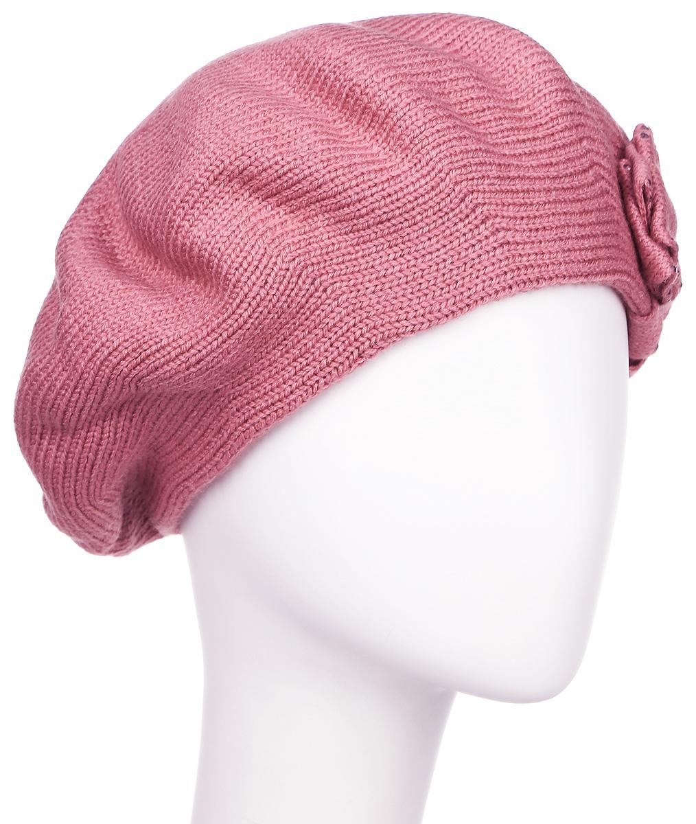 Берет женский Flioraj, цвет: пепельно-розовый. 1-012-266. Размер 581-012-266Элегантный женский берет Flioraj отлично дополнит ваш образ в холодную погоду. Берет выполнен из высококачественной комбинированной пряжи и оснащен вязаной подкладкой, что позволяет ему максимально сохранять тепло и обеспечивает удобную посадку. Берет оформлен декоративным вязаным бантом и украшен сверкающими стразами. Такая модель комфортна и приятна на ощупь, она великолепно подчеркнет ваш вкус и подойдет к любому наряду.Такой берет станет отличным дополнением к вашему осеннему или зимнему гардеробу, в нем вам будет уютно и тепло! Уважаемые клиенты!Размер, доступный для заказа, является обхватом головы.