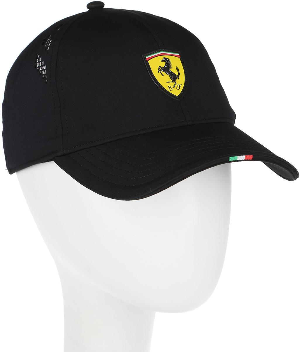 Бейсболка Puma Ferrari Fanwear Force SF Cap, цвет: черный. 02120102. Размер S/M (56)02120102Бейсболка Ferrari Fanwear force SF cap с логотипом Ferrari и итальянским флагом на козырьке станет бессменным спутником на все заезды любимой команды. Модель имеет изогнутый козырек с контрастной внутренней стороной, плотную посадку с эластичной лентой вдоль головы и лазерную перфорацию по сторонам. Бейсболка декорирована гербом Ferrari из термопластичного полиуретана спереди и логотипом Puma сзади.